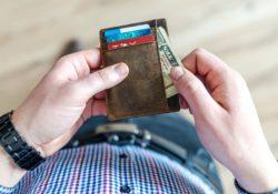 Když vás dluhy ničí. Jak se dostat zpět do normálního života?
