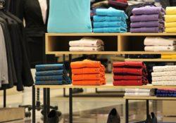 Společnost H&M zavírá stovky svých prodejen